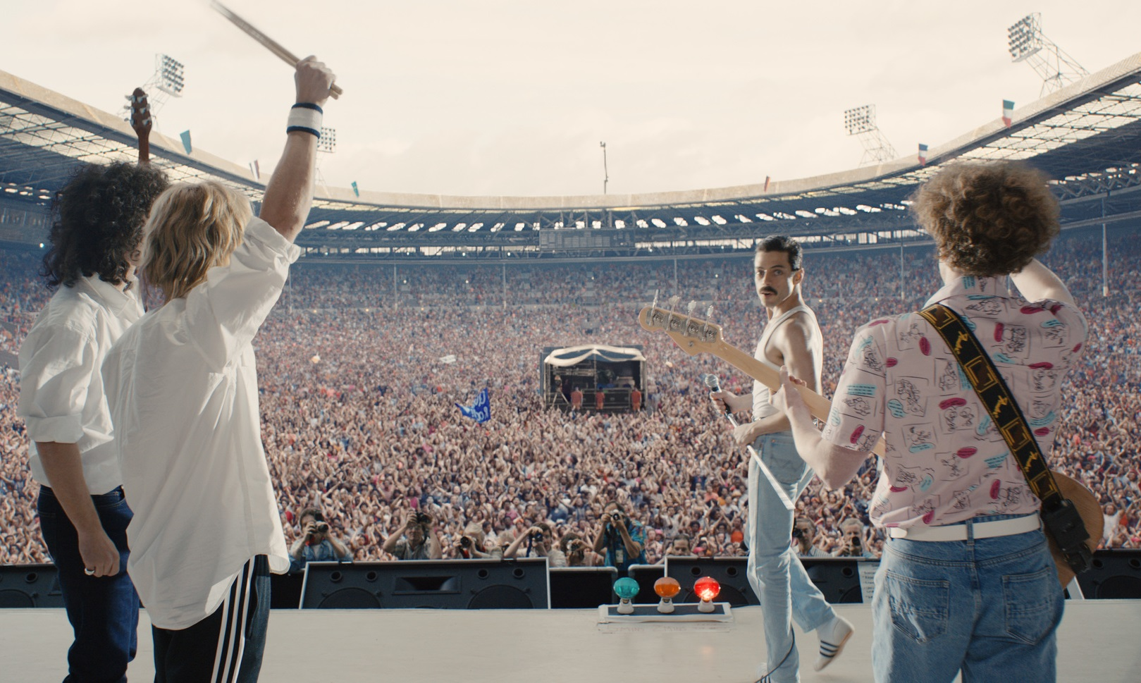 A Queensland Woman Has Broken The World Record For 'Bohemian Rhapsody' Viewings