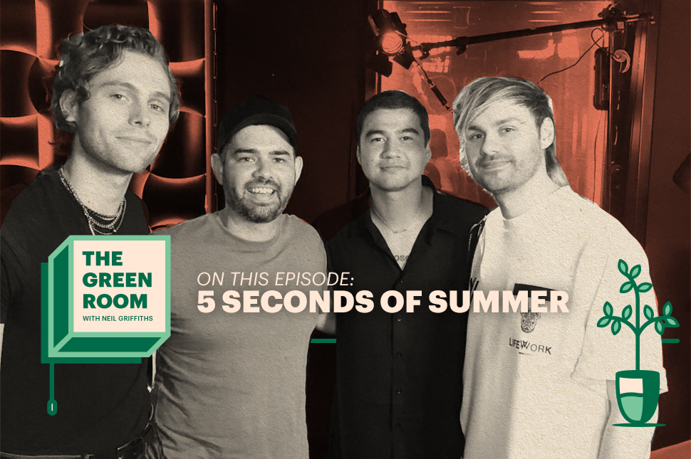 'We Had To Grow Up Pretty Quickly': 5SOS Talk New Album On 'The Green Room' Podcast